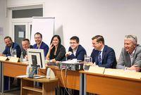 Jižní Čechy za velkého zájmu hostily odbornou debatu o insolvencích a oddlužení